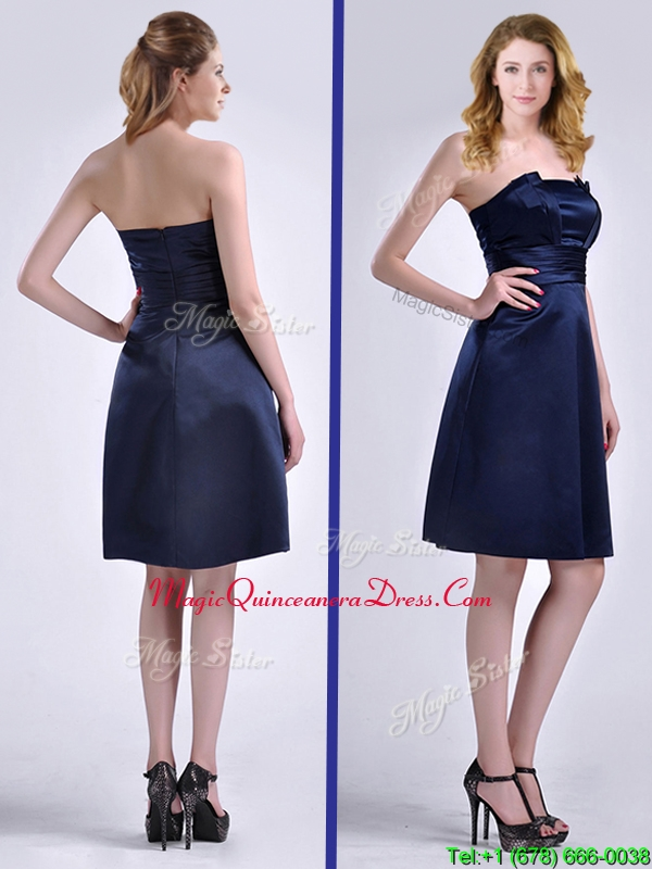 Luxurious Strapless Zipper Up Ruched Dama Dress in Navy Blue