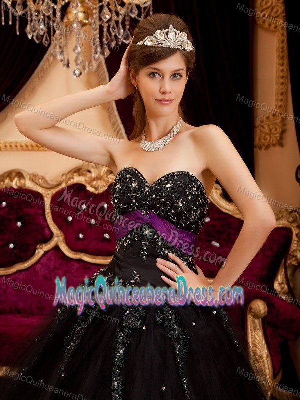 Attractive Tulle Floor-length Beaded Black Quince Dresses Fast Shipping