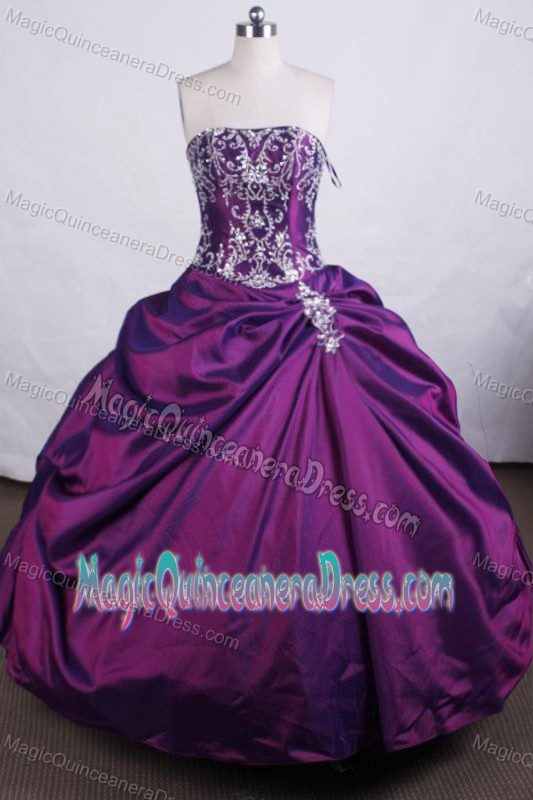 Purple Strapless Embroidery Beading Quinceanera Dresses in Lima Peru