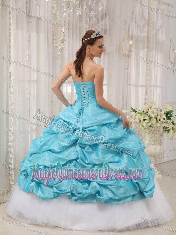 31640b7a89 Aqua Blue Sweetheart Beading Sweet 15 Dresses with Pick-ups