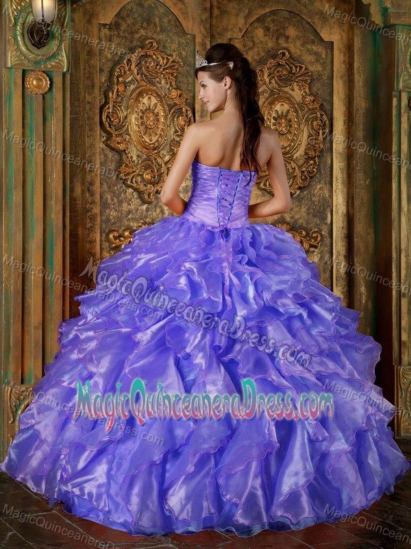 quinceaneras are not so bad Isabella wall shares the best gift to give a quinceanera for her birthday find out the perfect gift to give a remember that you have so many qualities and instead it's an opportunity to let others help you out and that is not only smart, it's how we make friends for life.