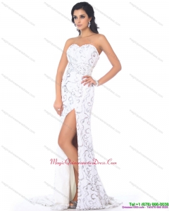 2015 Discount Sweetheart Printed White Dama Dress with High Slit