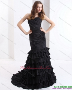 Affordable Brush Train Pleated Black Dama Dresses with One Shoulder and Ruffled Layers