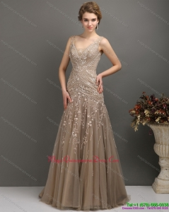 Discount Empire Dama Dress with Brush Train and Appliques