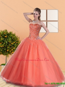 2015 Fashionable Ball Gown Quinceanera Dresses with Beading