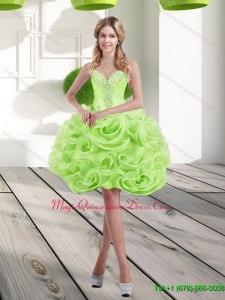 2015 Discount Sweetheart Short Rolling Flowers Dama Dress in Spring Green