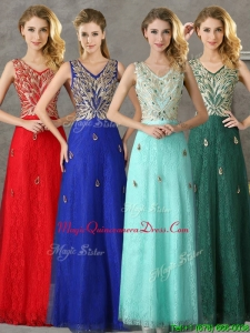 Fashionable V Neck Long Dama Dresses with Appliques and Beading
