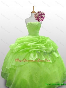 2015 Fast Delivery Quinceanera Dresses with Paillette and Ruffled Layers