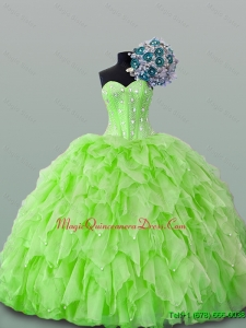 2015 Fast Delivery Sweetheart Yellow Green Beading Quinceanera Dresses with Ruffles for Winter