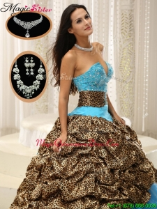Cheap Sweetheart Quinceanera Dresses with Beading and Pick Ups