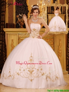 New Style White Ball Gown Strapless Floor Length Luxury Quinceanera Dresses