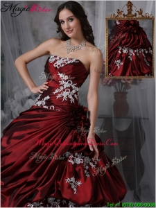 Romantic Ball Gown Strapless Quinceanera Gowns with Appliques