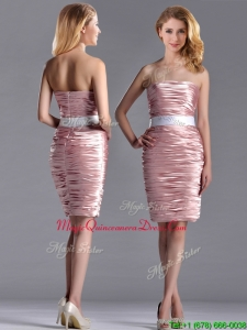2016 Lovely Column Peach Dama Dress with Ruching and White Belt
