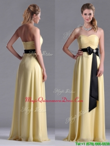 Beautiful Sweetheart Yellow Dama Dress with Ruching and Black Bowknot