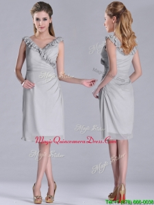 Modest V Neck Grey Chiffon Short Dama Dress with Side Zipper