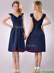 2016 Beautiful V Neck Navy Blue Empire Dama Dress with Cap Sleeves