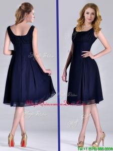 Latest Square Empire Chiffon Navy Blue Dama Dress with Ruching