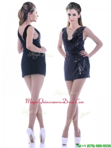 Latest Column Low Cut Neckline Sequined Dama Dress in Black