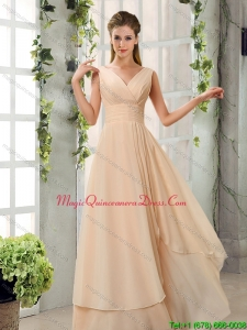 Discount Ruching V Neck Chiffon Dama Dresses in Champagne