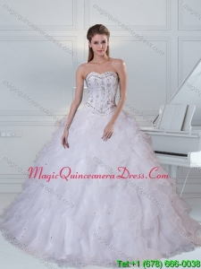 Hot Sale Sweetheart White Quinceanera Dress with Ruffles and Beading