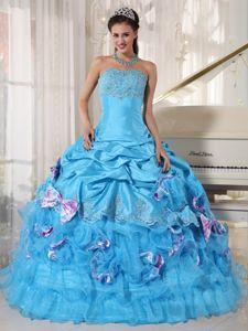 Beautiful Appliqued Ruffled Aqua Blue Sweet 15 Dresses with Bowknots