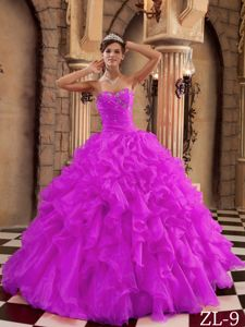 Stylish Ruffled Beaded Violet Quinceanera Gown Dresses for Wholesale