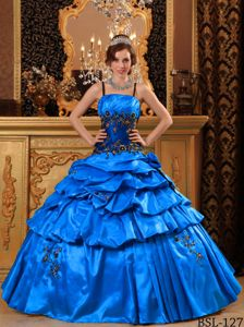 Newest Straps Appliqued Blue Quince Dresses with Pick-ups in Fashion