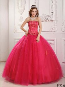 Appliqued Strapless Floor-length Dresses for Quinceanera in Red with Lace Up Back