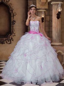 White Ruffled Strapless Floor-length Quinceanera Gown Dresses with Sash in Conroe