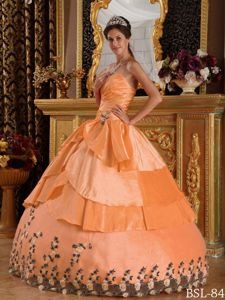 Orange Sweetheart Sweet Sixteen Quinceanera Dress in Floor-length with Appliques