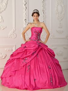 Coral Red Strapless Floor-length Quinceanera Gown Dress with Appliques in Galt