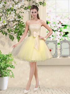 Off The Shoulder Sleeveless Quinceanera Court of Honor Dress Knee Length Lace and Belt Light Yellow Organza