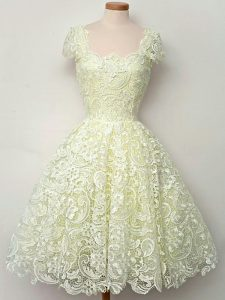 Straps Cap Sleeves Dama Dress for Quinceanera Knee Length Lace Yellow Lace