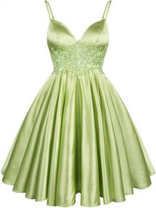 Captivating Lace Court Dresses for Sweet 16 Yellow Green Lace Up Sleeveless Knee Length