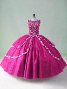 On Sale Fuchsia Ball Gowns Beading and Appliques Vestidos de Quinceanera Zipper Tulle Sleeveless Floor Length