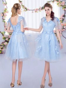 Tulle V-neck Short Sleeves Lace Up Appliques Quinceanera Court of Honor Dress in Light Blue