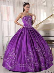 Modest Purple Strapless Full-length Quince Dress with Embroidery in Kent