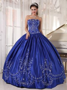 Pretty Strapless Royal Blue Long Dress for Quince with Embroidery in Utica
