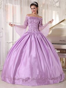 Off The Shoulder Long Sleeves Lilac Sweet Sixteen Dresses with Appliques