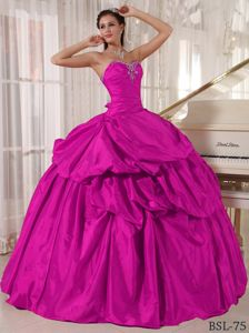Modest Beaded Sweetheart Long Fuchsia Dresses For Quinceanera in Holland