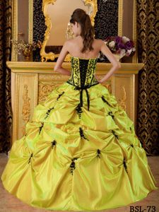 Bright Yellow Strapless Long Quince Dresses with Embroidery and Pick-ups