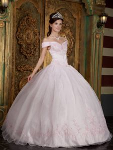 Off The Shoulder Light Pink Long Dresses For Quinceanera with Appliques