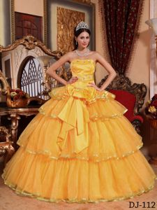 Lovely Gold Beaded Strapless Long Quinces Dresses with Bow and Ruffles