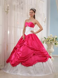 Coral Red and White Sweetheart Princess Sweet Sixteen Dresses with Pick-ups