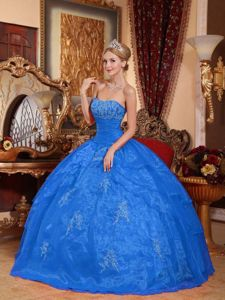 Latest Strapless Princess Sweet 16 Dresses in Blue with Appliques in Gas City