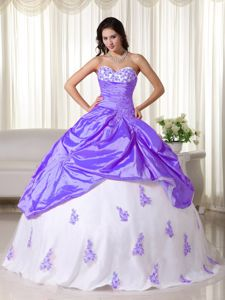Cheap Purple and White Sweetheart Princess Sweet 15 Dresses with Appliques