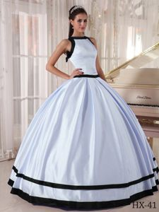 Zipper-up Bateau Neck White and Black Quinceaneras Dress Simple Style