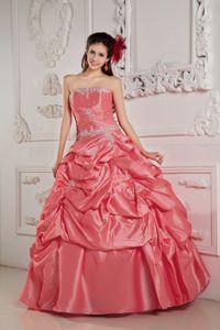 Watermelon Strapless Floor-length Taffeta Quinceanera Dress with Beading