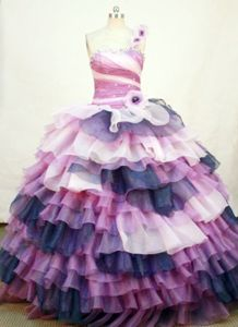 One Shoulder Colorful Ruffles Quinceanera Dresses in Turbaco Colombia