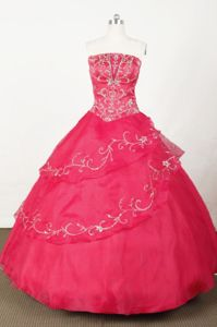 Strapless Red Organza Embroidery Quinceanera dress in Sogamoso Colombia